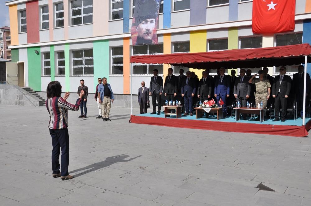 Kars'ta İlköğretim haftası etkinliği 2