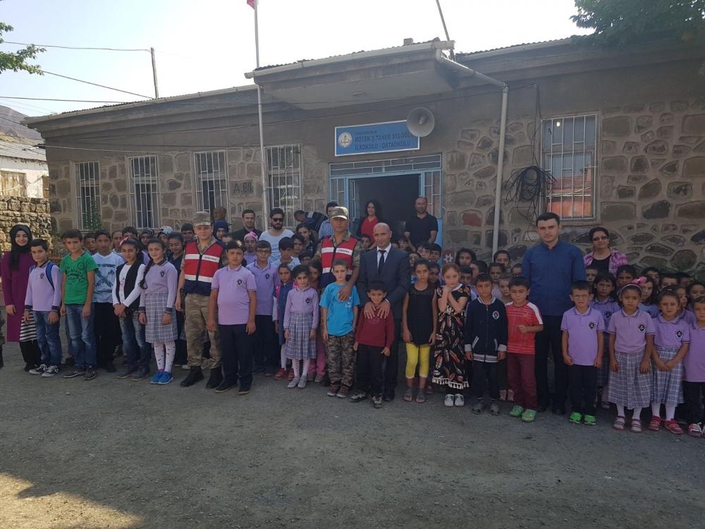 Jandarma'dan okullara güvenlik önlemi 1