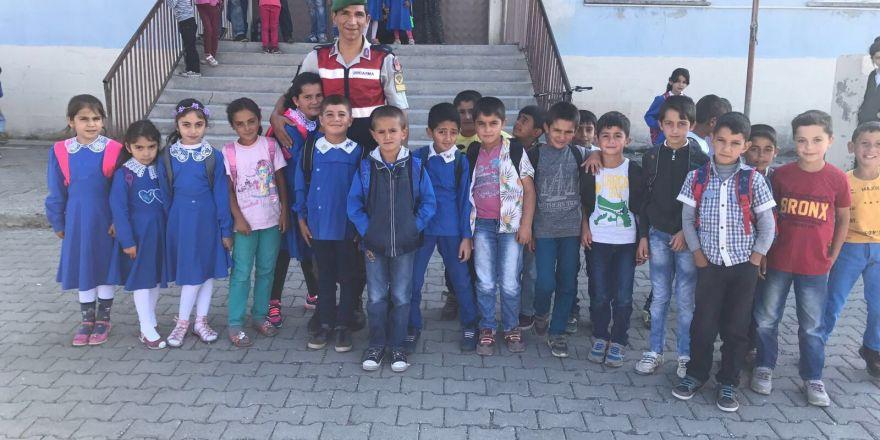 Jandarma'dan okullara güvenlik önlemi