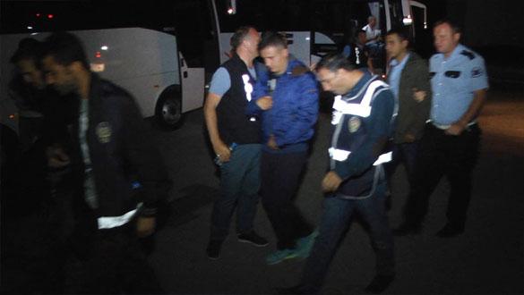 Kars'ta FETÖ Operasyonu 111 Kişi Gözaltına Alındı