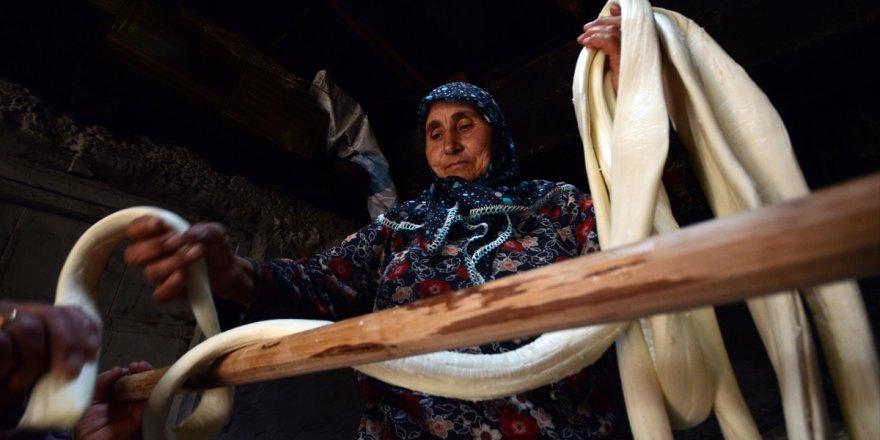 Çeçil Peyniri, Kars'ta Geleneksel Yöntemlerle Üretiliyor