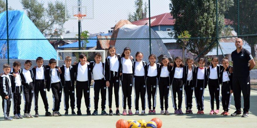 Kars'ta park ve spor alanı hizmete girdi