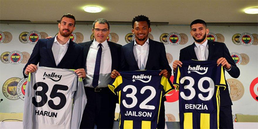 Fenerbahçe'de yeni transferler için tören düzenlendi