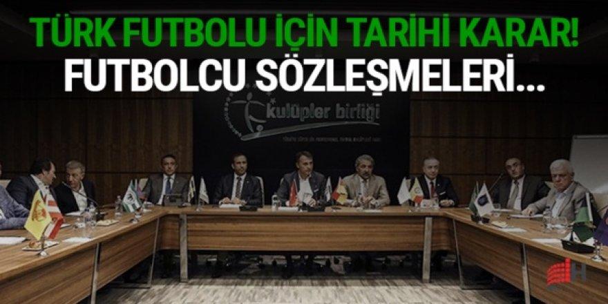 Türk futbolu için tarihi karar! Sözleşmeler TL'ye dönüyor!