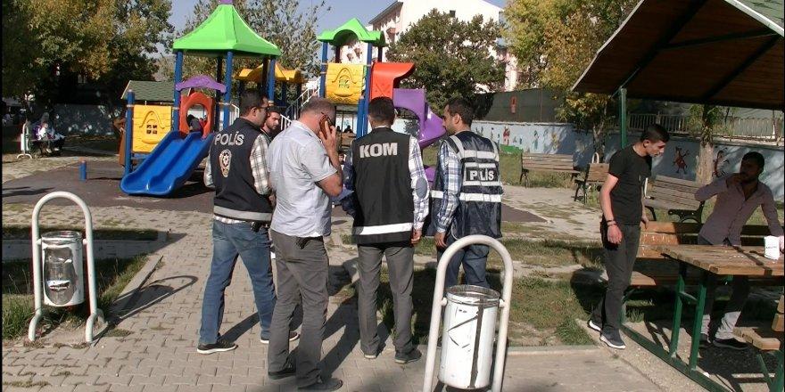 Kars polisinden huzur uygulaması