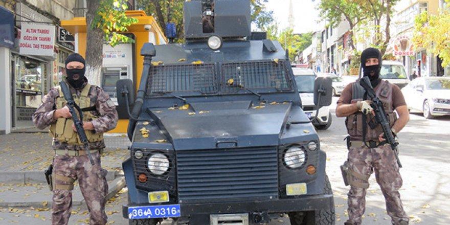 Kars'ta Özel Harekât Ve Çevik Kuvvet  Devriye Görevine Başladı