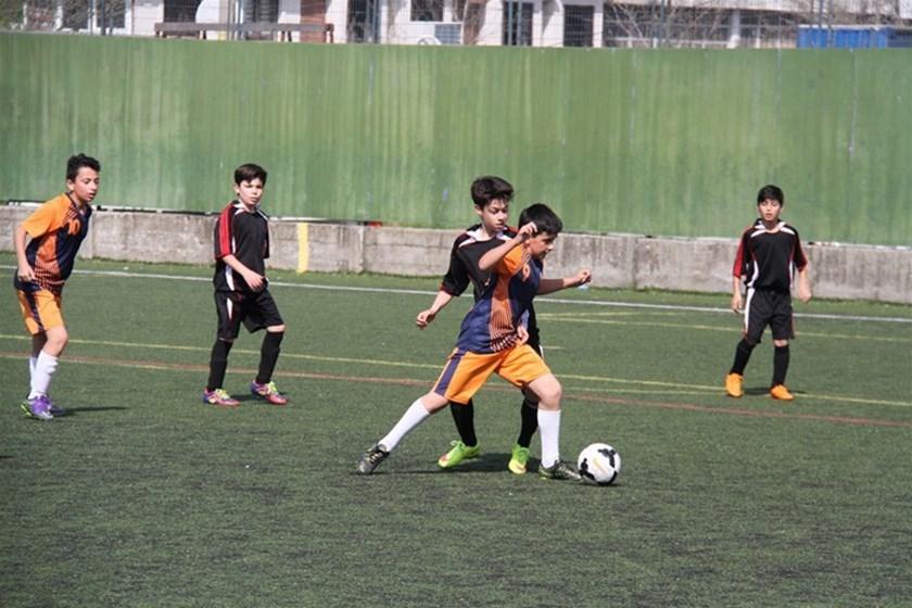 Okullar arası Küçük Erkekler Futbol Müsabakaları yapılan maçların ardından sona erdi.