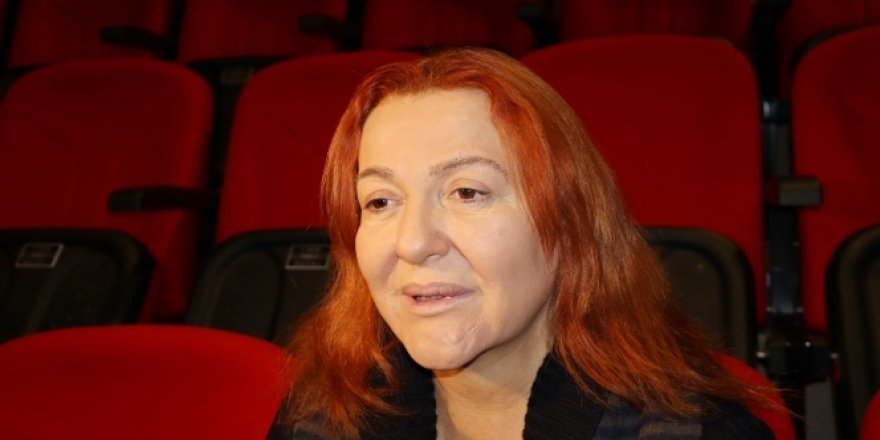 Zehirlenen ünlü oyuncu Sumru Yavrucuk: 'Ağzımdan alevler çıktı'