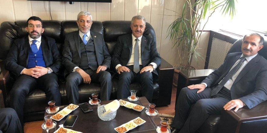 AK Parti Milletvekillerinden  Rektör Kapu'ya Ziyaret