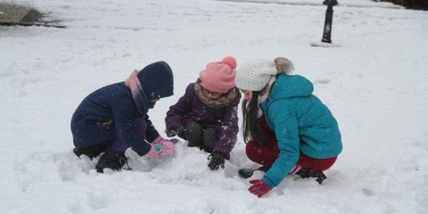 Amasya'da okullara bir günlük kar tatili