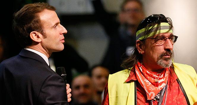 Macron: 'Ben de bir Sarı Yelekliyim'