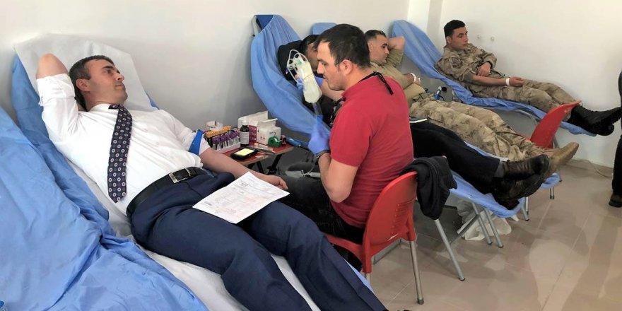 Ardahan'da koruculardan kan bağışı kampanyası