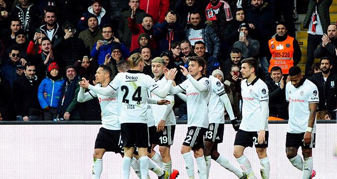 Beşiktaş, Bursaspor'u Burak Yılmaz'la geçti