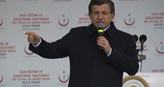 Davutoğlu'ndan sağlık çalışanlarına müjde