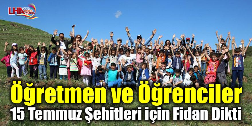 Öğretmen ve öğrenciler 15 Temmuz şehitleri için fidan dikti