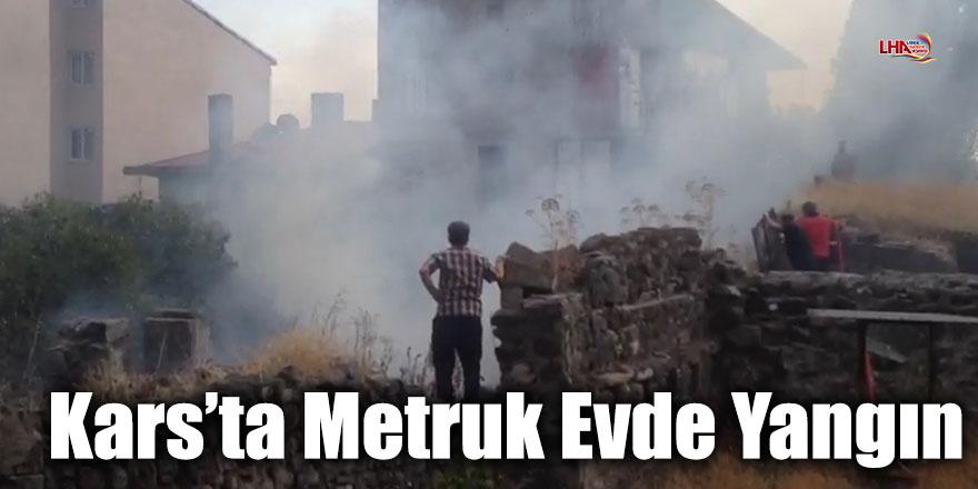 Kars'ta Metruk Evde Yangın