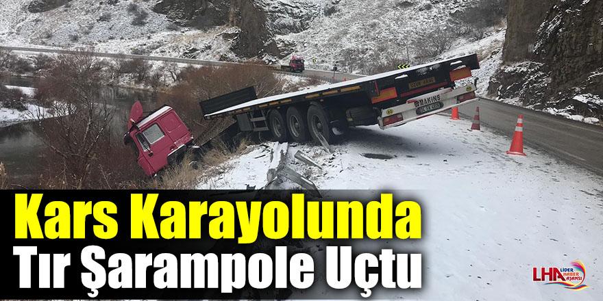 Kars Karayolunda Tır Şarampole Uçtu