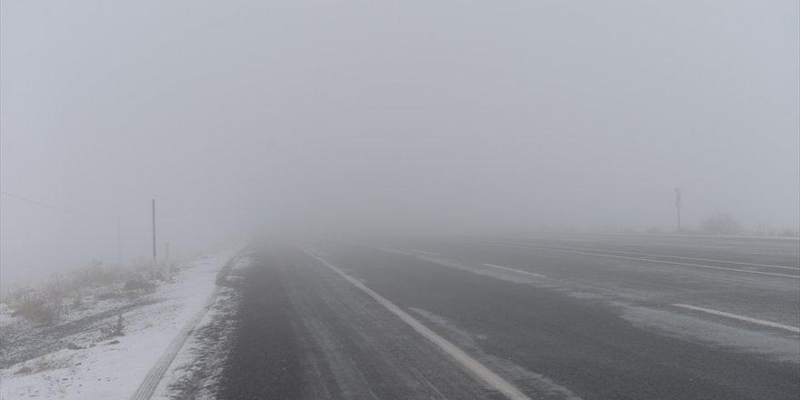 Iğdır'da yoğun sis nedeniyle uçak seferleri iptal edildi