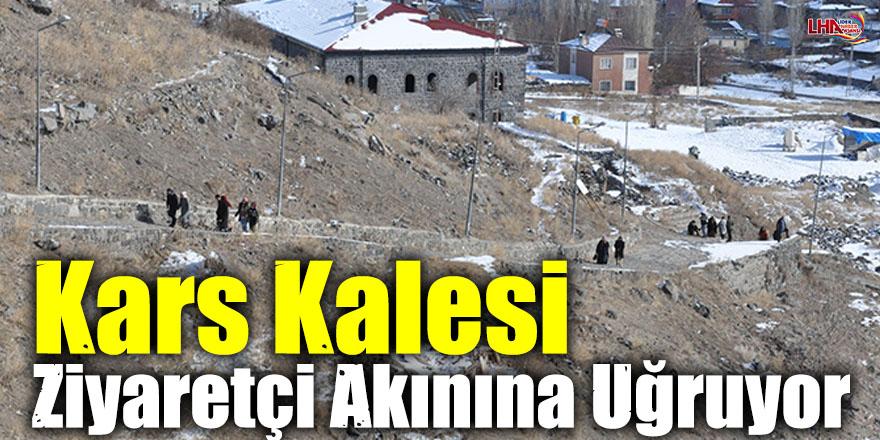 Kars Kalesi Ziyaretçi Akınına Uğruyor