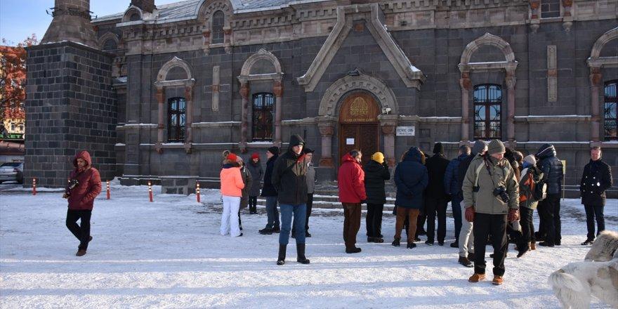 Avrupa Birliği ülkelerinin büyükelçileri Kars'ın tarihi yerlerini gezdi