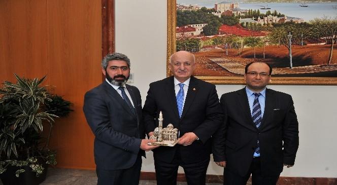 Birlik Vakfı Kars Şube Başkanı Turhan´dan Meclis Başkanına Ziyaret