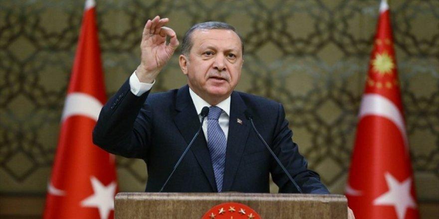 Cumhurbaşkanı Erdoğan: 'Sosyal medyanın kültürümüzü yiyip bitirmesine göz yumamayız'