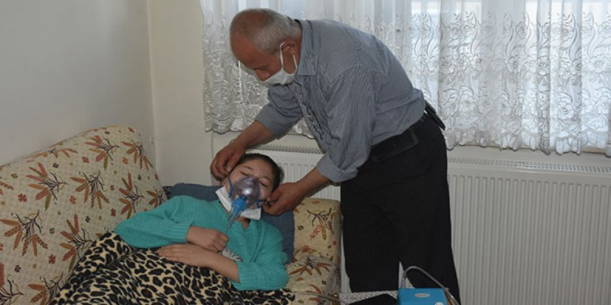 Kastamonu'da hasta genç kız, 'Nefes almak istiyorum'