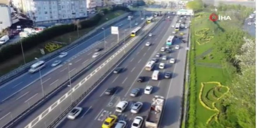 Sokağa çıkma kısıtlaması öncesi trafik yoğunluğu
