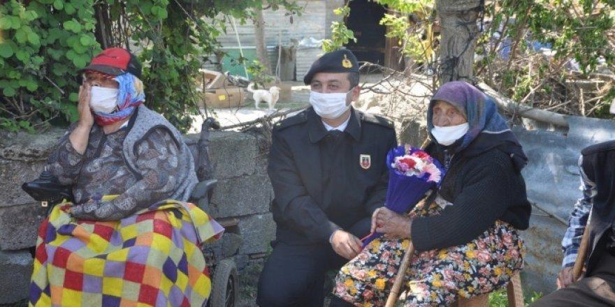 120 yaşındaki anneye Anneler Günü sürprizi