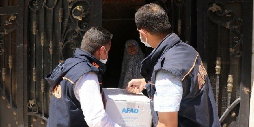 Suriye'deki mazlumlara gıda desteği