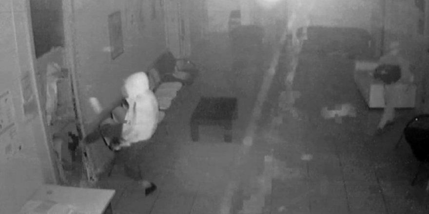 Vicdansız hırsızlar aile sağlık merkezini soydu, vatandaşlar mağdur oldu