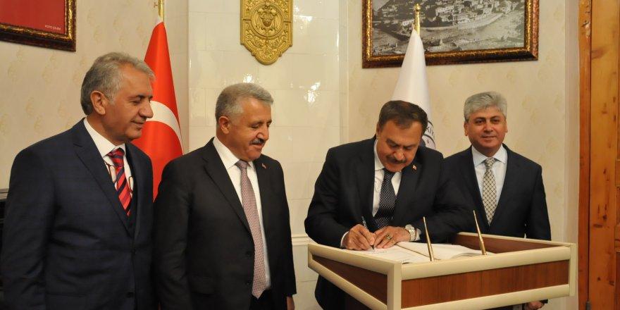 Bakan Arslan ve Bakan Eroğlu Kars'da