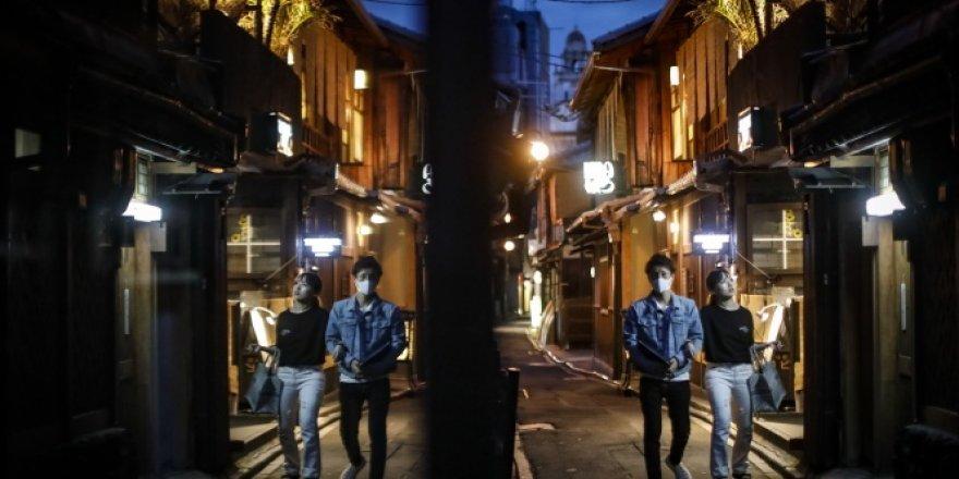 Japonya'da günlük Covid-19 vaka sayısı 26'ya düştü