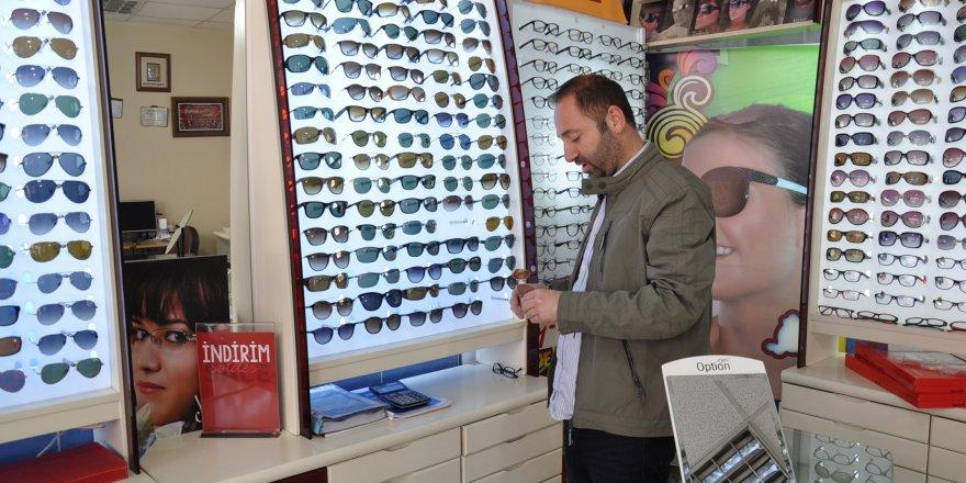 Güneş Gözlüğü Kullanırken Dikkat Edilmesi Gerekenler