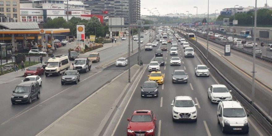 İstanbul trafiğinde dikkat çeken yoğunluk