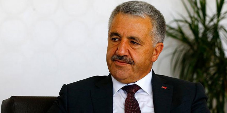 """Bakan Arslan'ın oy kullandığı sandıktan """"hayır"""" çıktı"""