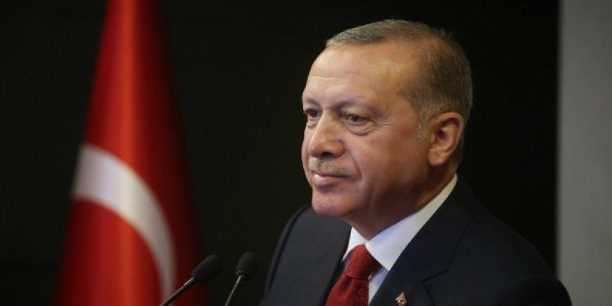 Cumhurbaşkanı Erdoğan, şiirle gençlere seslendi