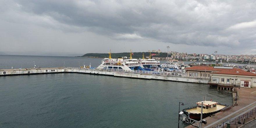 Çanakkale'de kısıtlama sonrası gemi seferleri normale döndü