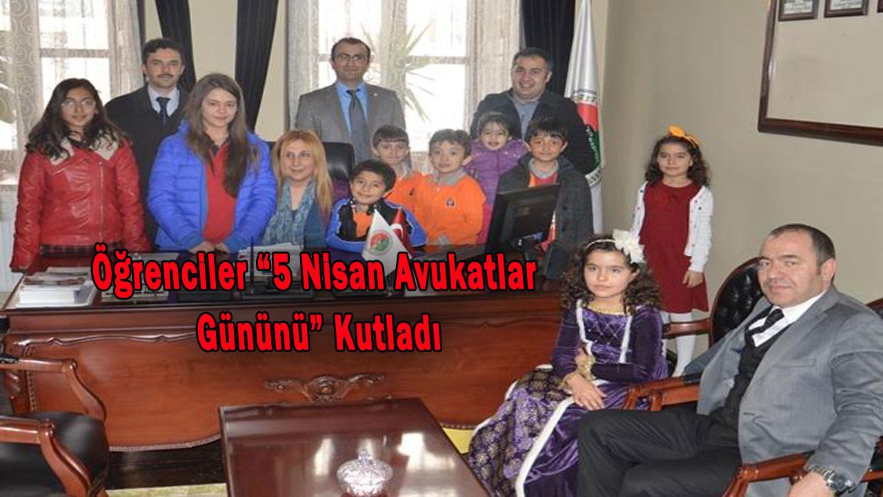 Öğrenciler 5 Nisan Avukatlar Gününü Kutladı