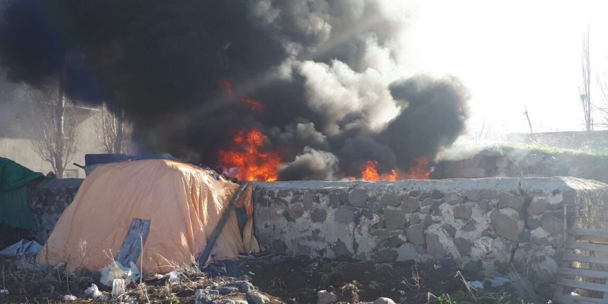 Kars'ta Yangın