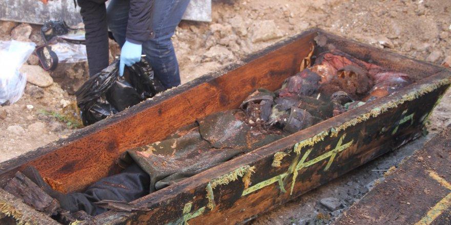 İnşaat Kazısında Rus Komutana Ait Mezar Çıktı