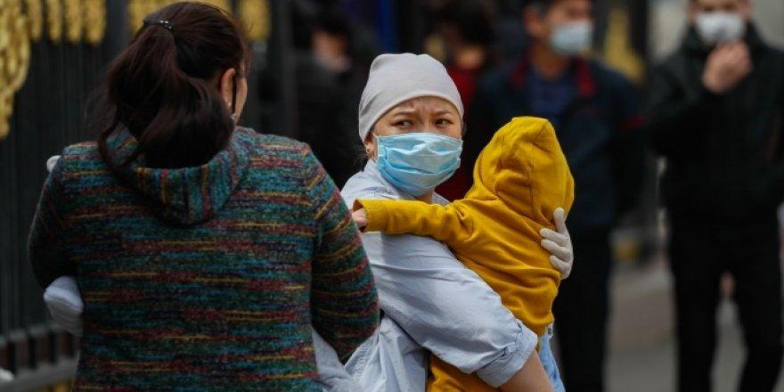 İran'da korona virüsten hayatını kaybedenlerin sayısı 8 bini aştı