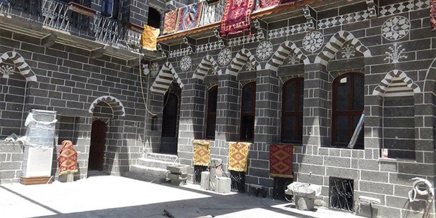 Teröristler talan etmişti, 700 yıllık konak yeniden açılıyor