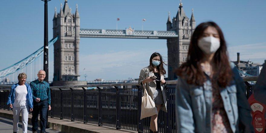 İngiltere koronavirüs vaka sayısını açıkladı