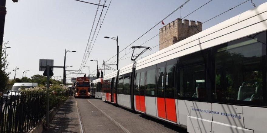 Bağcılar-Kabataş tramvay hattında teknik arıza meydana geldi