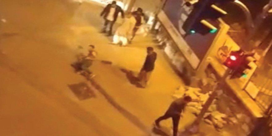 Bahçelievler'de iki grup arasında bıçaklı kavga: 1'i ağır 2 yaralı