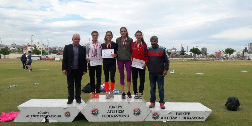Karslı atlet Türkiye'yi Balkan Şampiyonası'nda temsil edecek