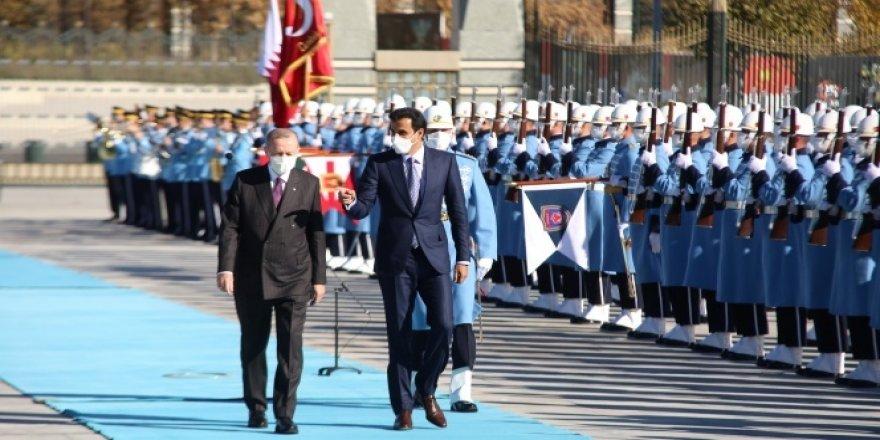 Erdoğan, Katar Emiri Al Sani'yi resmi tören ile karşıladı