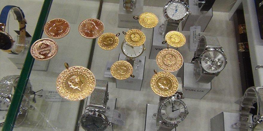 Çeyrek altın 746 lira oldu