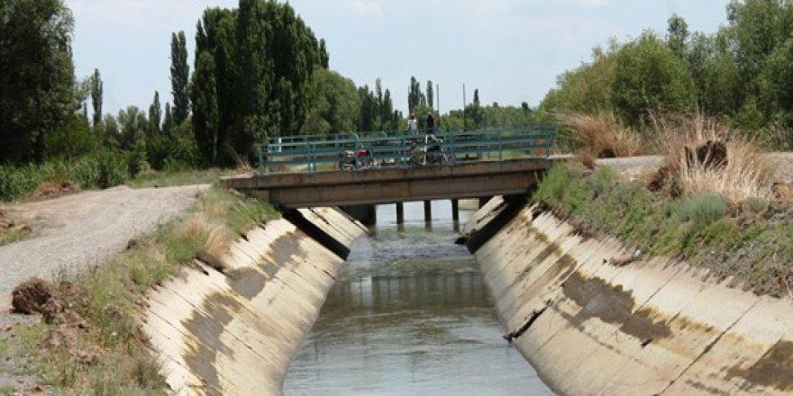 Iğdır'da sulama kanalına düşen asker kayboldu